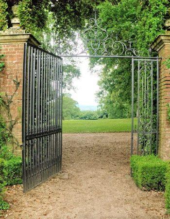 hidocte manor gardens